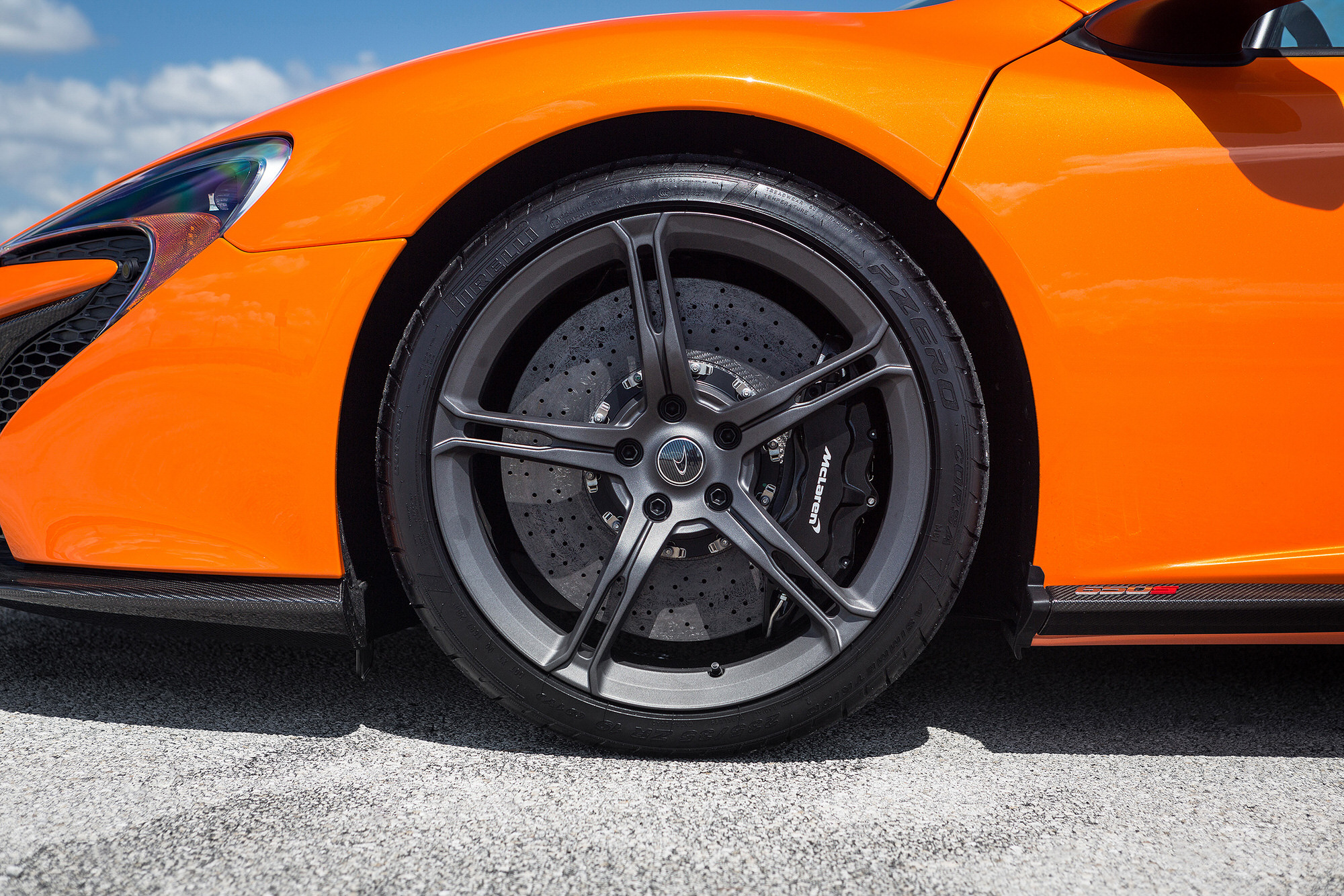 Brakes of 2015 McLaren 650S, photographed for Car and Driver Magazine.