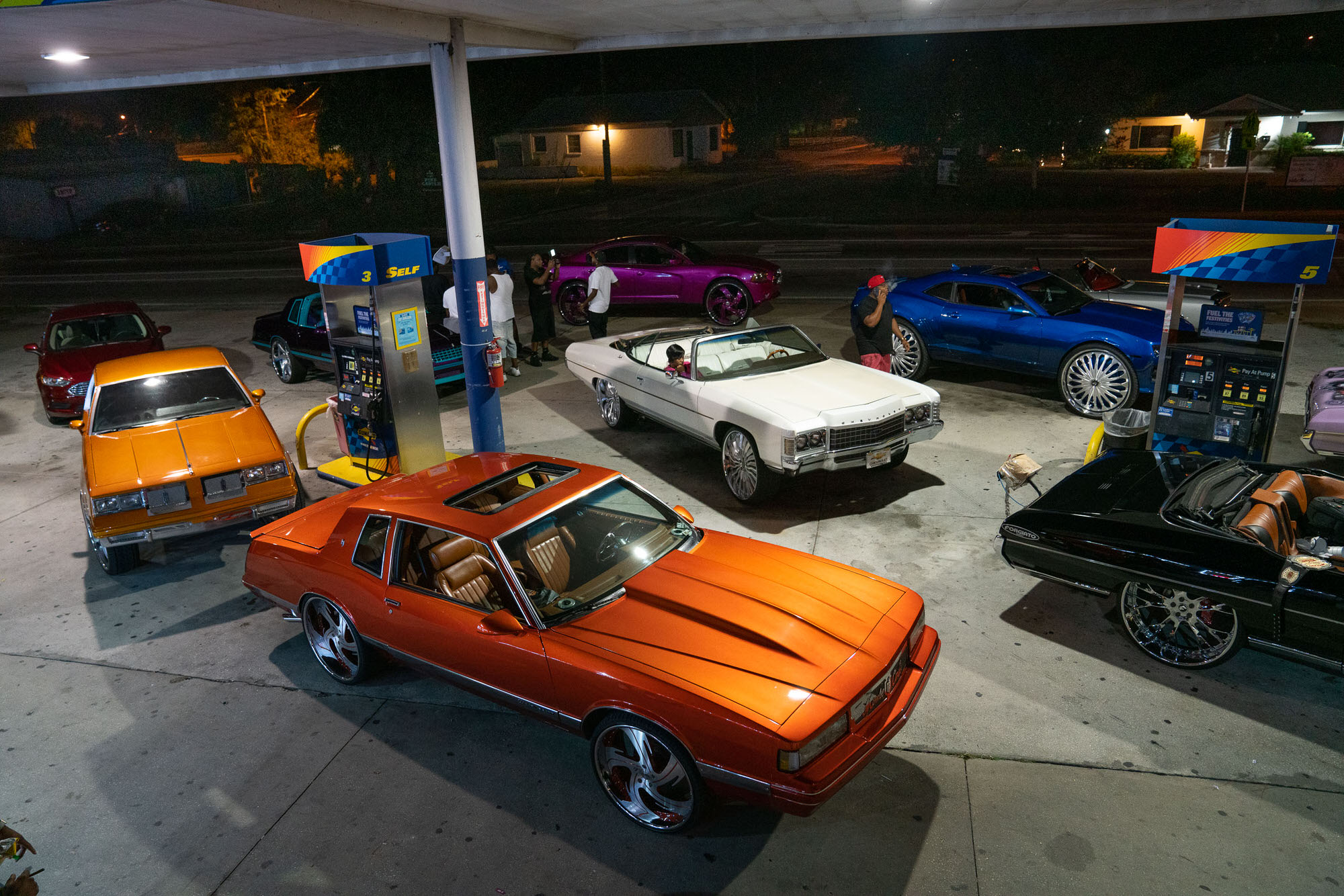 Group of DONKs at a gas station in Orlando, Florida