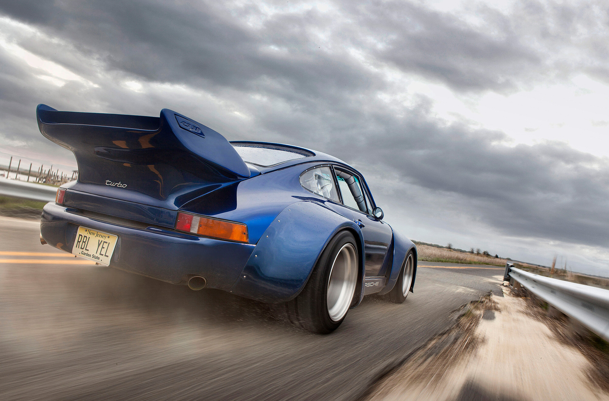 Widebody slantnose 935-inspired blue Porsche 930