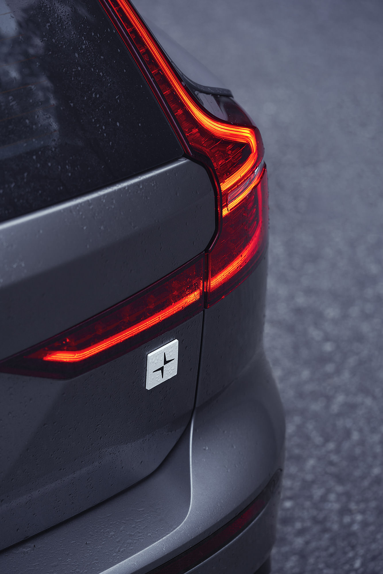 Volvo V60 T8 Polestar rear trunk badge