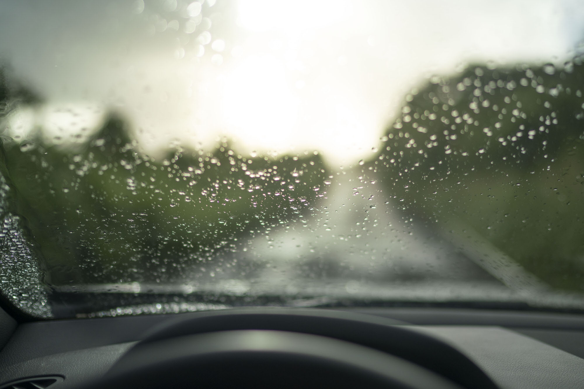 Rain on the windshield of the Mercedes-Benz SLC 300 in Maui